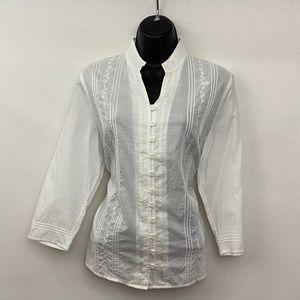 Relativity White Embroidered Blouse Size M V-47